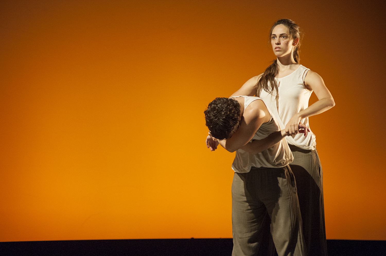 Fundación Grupo SIFU beca a Sara Barker, profesora e intérprete de Danza Mobile