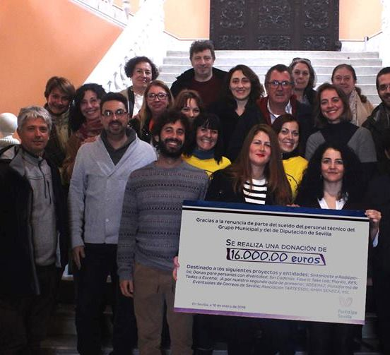 Participa Sevilla dona a Danza Mobile una parte del salario del grupo municipal
