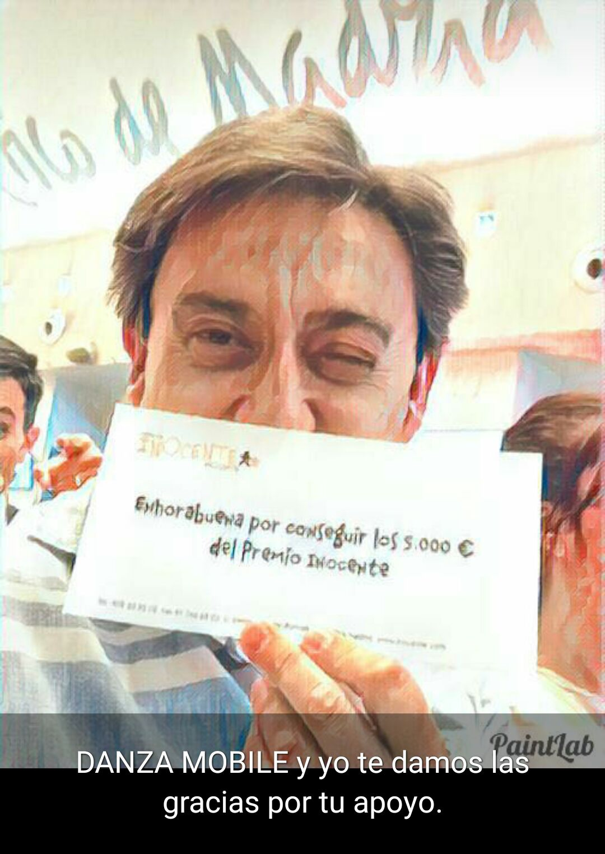 Mariano Peña entrega el Premio Inocente a Danza Mobile
